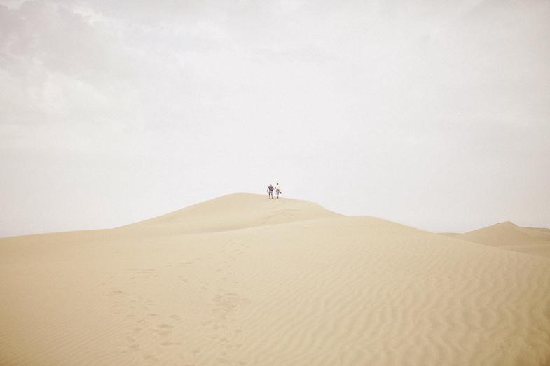 serafin-castillo-gran-canaria-engagement-dunes-fotografo-de-bodas-6.jpg