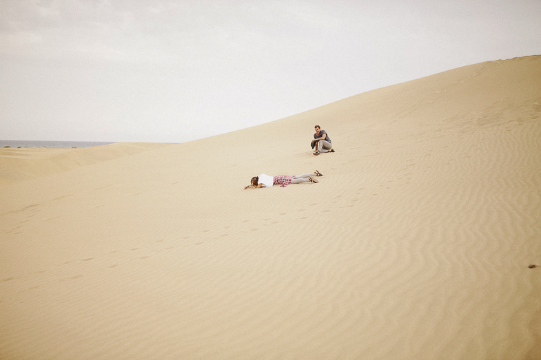 serafin-castillo-gran-canaria-engagement-dunes-fotografo-de-bodas-8.jpg