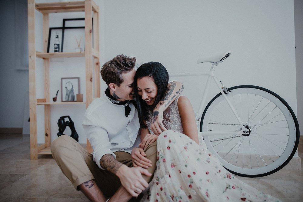 Serafin Castillo Fotografo de bodas sesion en casa intimate wedding photographer (147 de 295).jpg