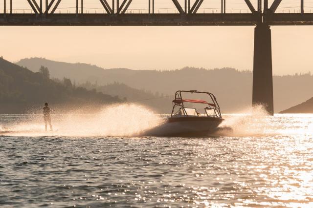 Bridge Bay At Shasta Lake | Redding Bridal Show