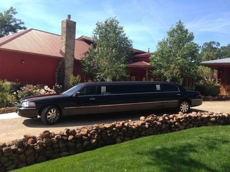 Norcal Limousine | Redding Bridal Show