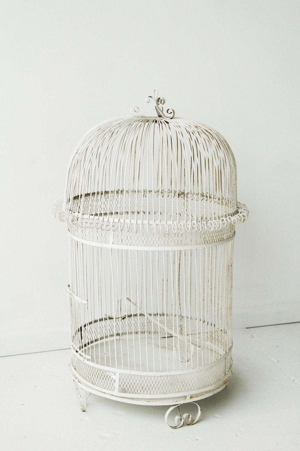New Inventory - Large White Metal Birdcage