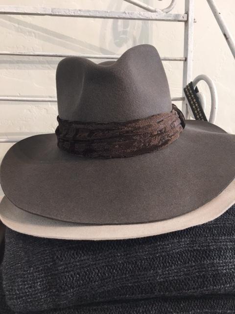 blanc blog hats 2.JPG