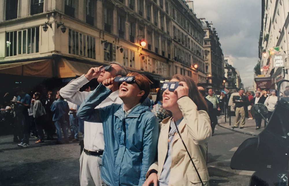 Partial solar eclipse in the Marais. Paris, August 11, 1999.