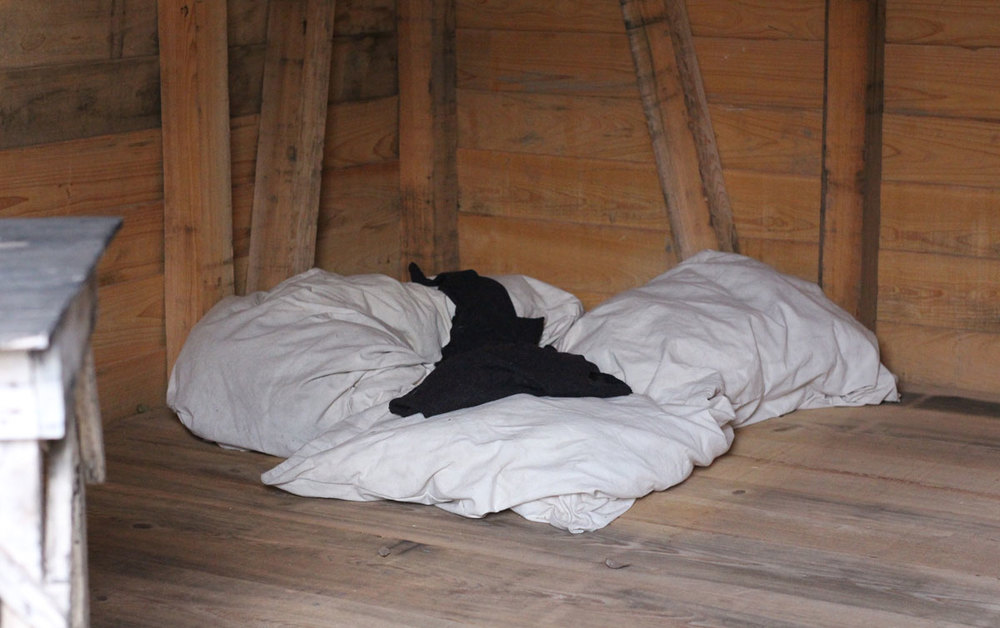 a slave bed