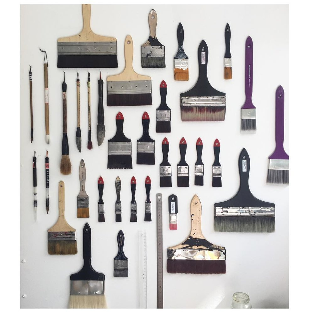 The many brushes of Vincent de Boer.