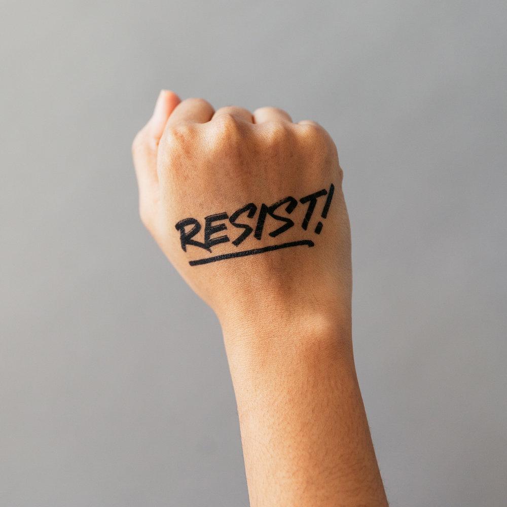 2018_annicalydenberg_dirtybandits_resist_applied_highres-1.jpg