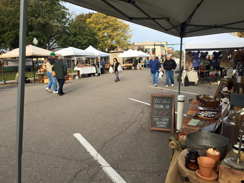 Chilly day at the Plymouth Farmers' Market