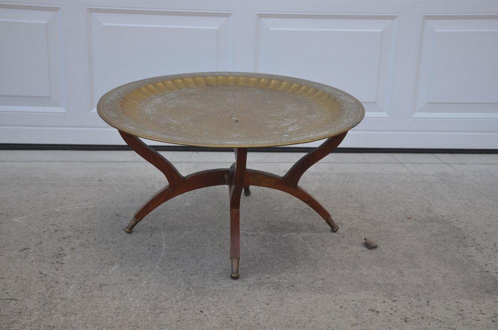 Round Brass Coffee Table. DSC_0963.JPG
