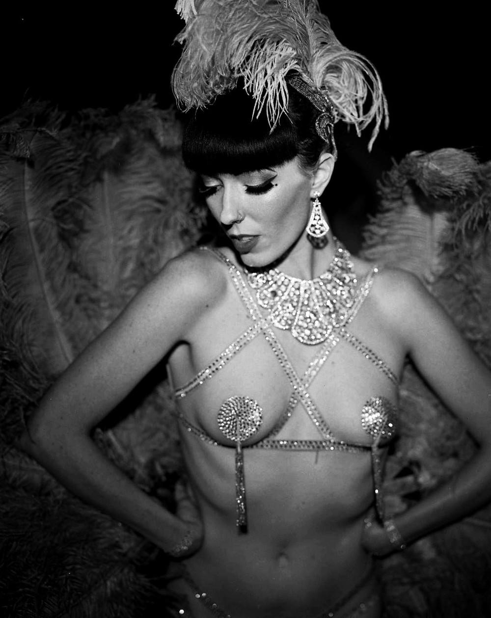 Burlesque_Frankie5.jpg