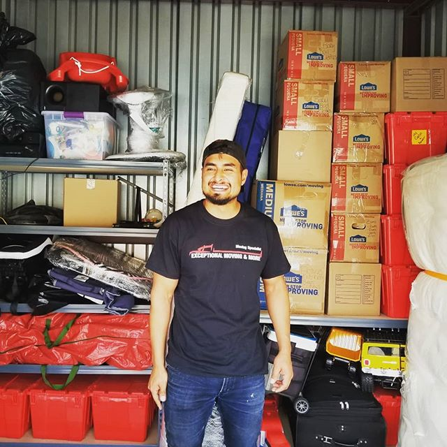 A training day at Exceptional., Our moving team competed against each for the most rapid, tight and organized job!  Great job guys!  #trained #movers #santafe #moving #storage