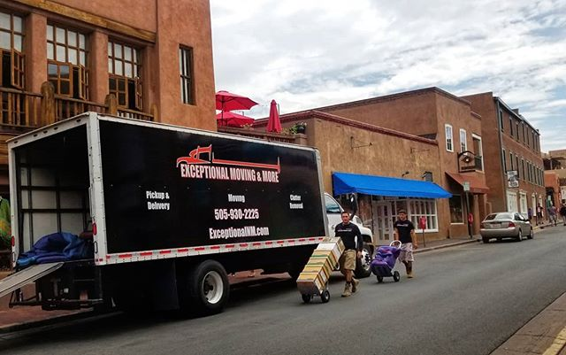 Get the help you need with everything from Retail Delivery to Moving you completely.  Let us help you make your life easier. Give us a call, we always have a team on stand by. (505)930-2225  #movers #moving #santafe #delivery #justmoving #blacktruck