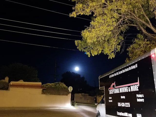 Emergency late night moves by Exceptional, just in case moving yourself didn't go as planned.  Save our number and call us if you get into the same situation. (505)930-2225  #santafe #moon #nightmoves #exceptional #allday #allnight #movingday #mistakesarelessons