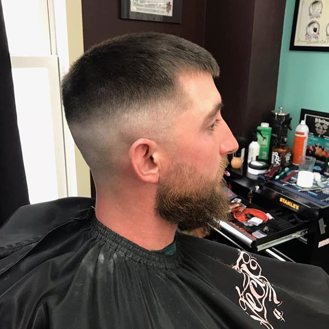 We will be open today and Wednesday this week. Come get your Thanksgiving cuts. Haircut by @ihatenicolascage.  #chromebarbershop #603barber #concordnhbarber #concordnh  #barbershoplife #menshairstyle #theshopatchrome #showcasebarber #barberhub #hairstyling #Barber #barbershop #barberlife #barbershopconnect #barber_soul #barbering #barbers #barberlove #barbergang #hair #haircut #hairstyle #menshair