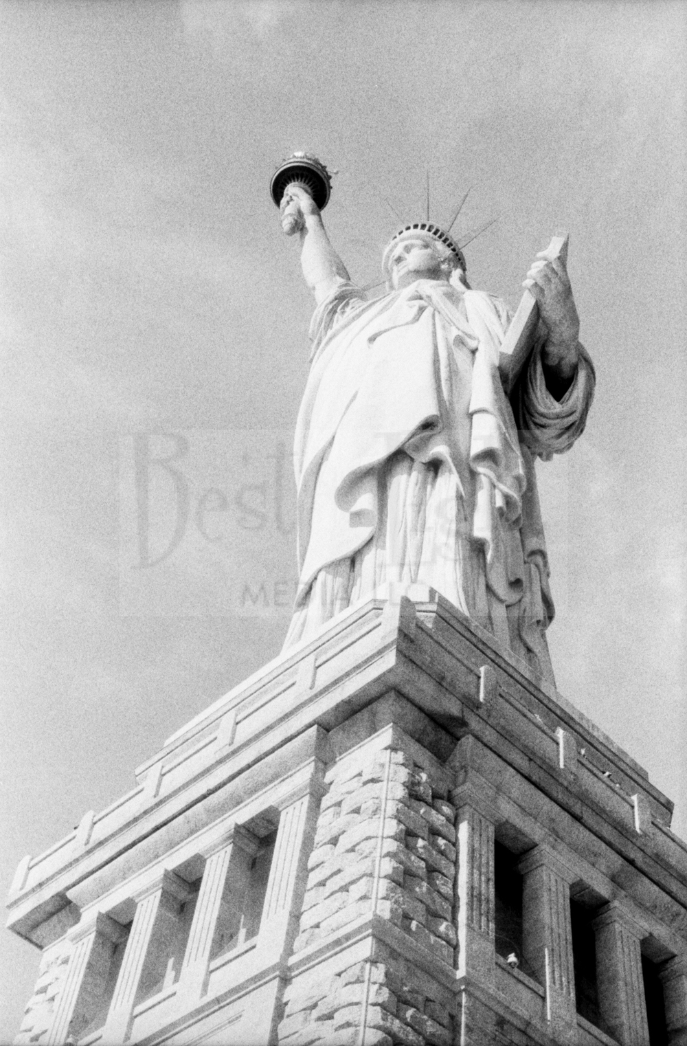 Fuji Neopan ISO 400 Pushed to 1600 -Statue of Liberty & Old Town Alexandria_20151001-21.jpg