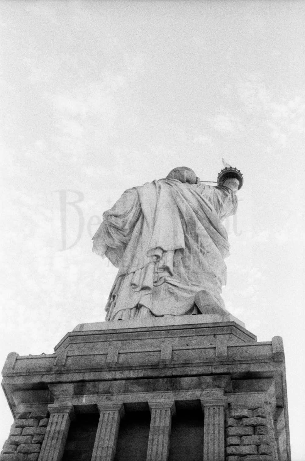 Fuji Neopan ISO 400 Pushed to 1600 -Statue of Liberty & Old Town Alexandria_20151001-22.jpg