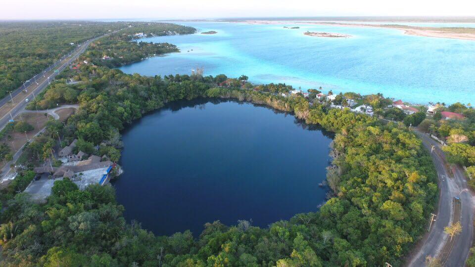 El Cenote Azul, Mexico - By jelipegomez