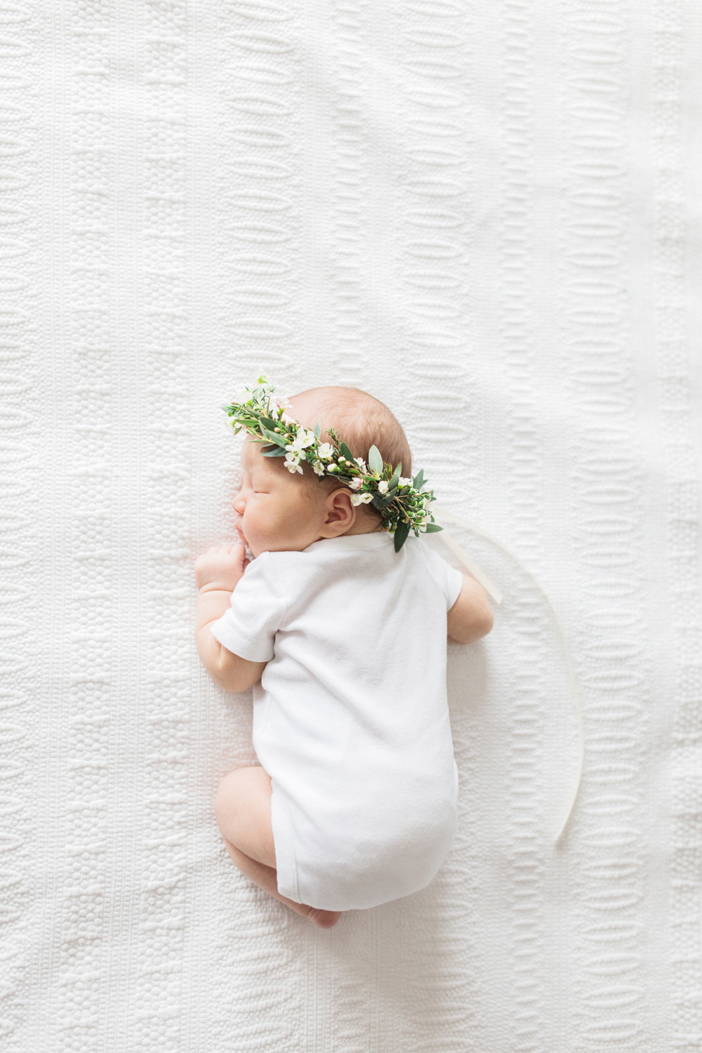 Elza Photographie - Toronto newborn photographer - Film and digital - Bright and airy - Mastin Labs - Motherhood