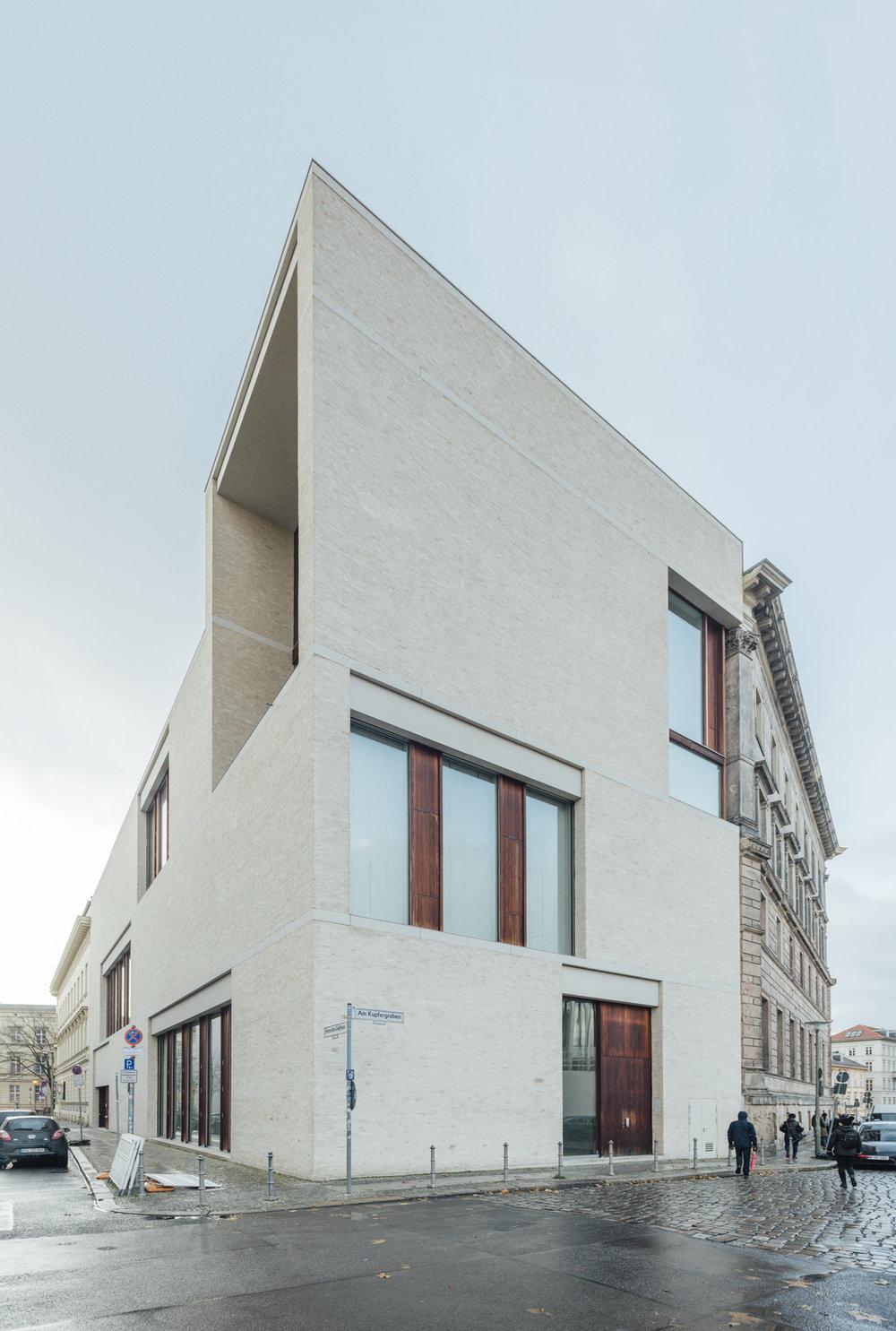 Galerie Bastian_016.jpg
