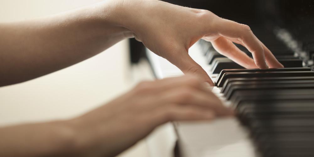 o-HANDS-ON-PIANO-facebook.jpg