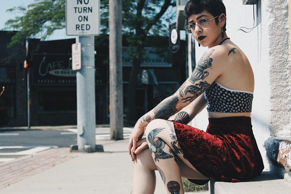 Brian Keith Thompson, Popsugar, tattoos