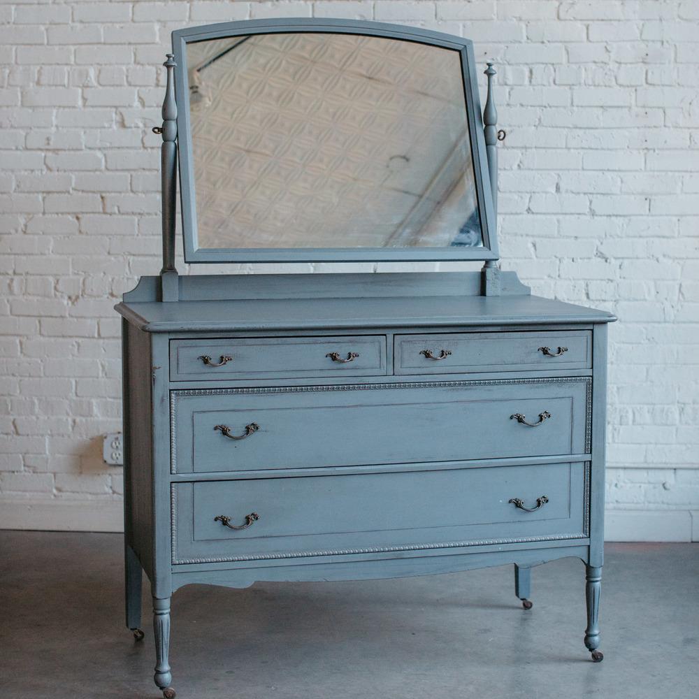 Grey Distressed Dresser With Mirror