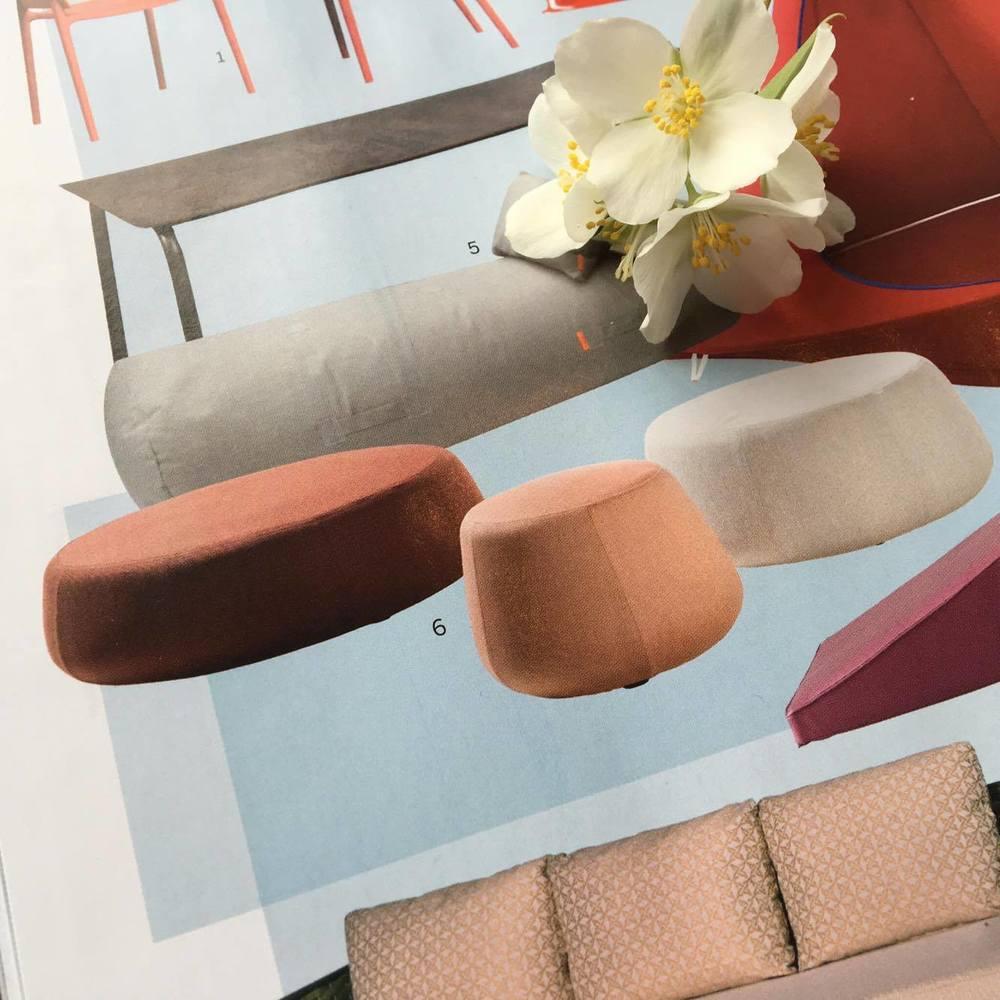 NOMAD er en ny kollektion af puffer, designet af Monica Armani for Tribù. Tre forskellige størrelser til 8.700 kr., 12.800 kr. og 20.780 kr., forhandles eksklusivt hos scaledesign.