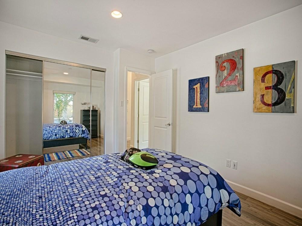 Bedroom6.jpg