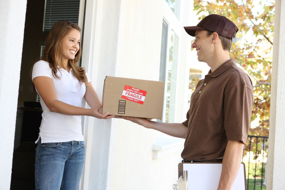 How to make your deliveries this holiday season easier for your driver (and you)
