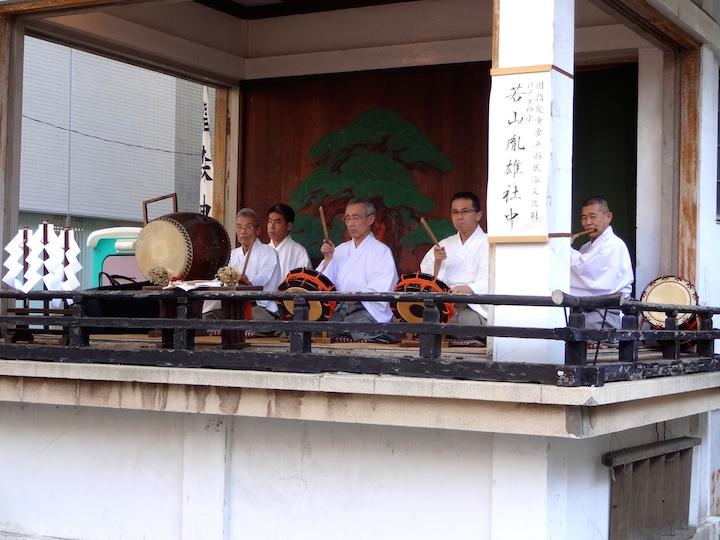 Wakayama Shachu performing Edo Bayashi