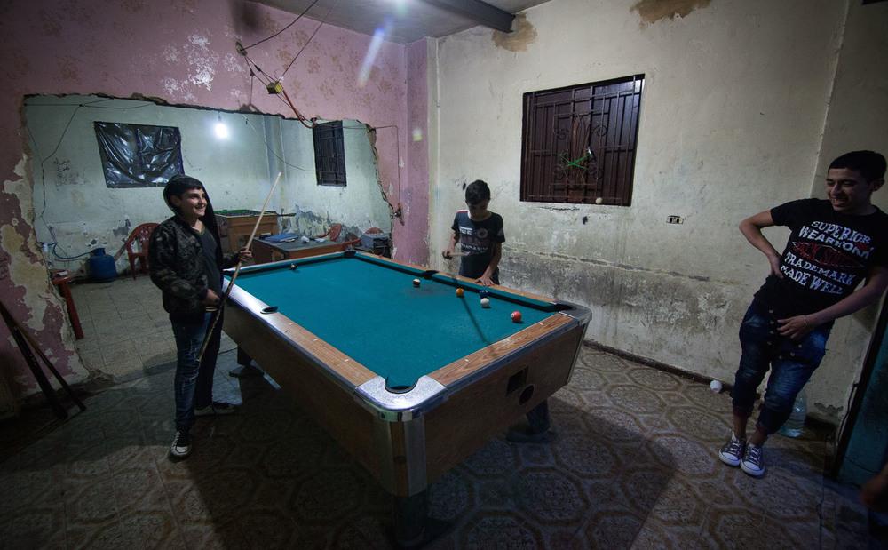 Un rare moment de répit: le taux de pauvreté dans le camp de Bourj al-Barajneh est très élevé