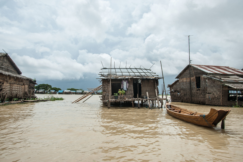 According to the Food and Agriculture Organization, people from 385,000 households have been displaced by the floods