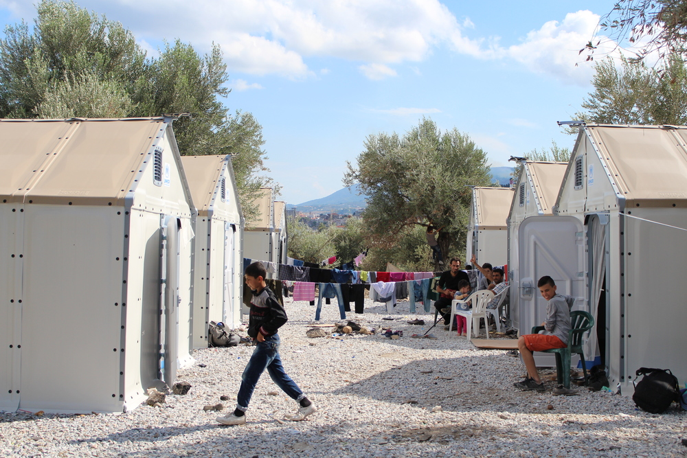 Shelters in Kara Tepe refugee camp (Daniel Elkan/IRIN)