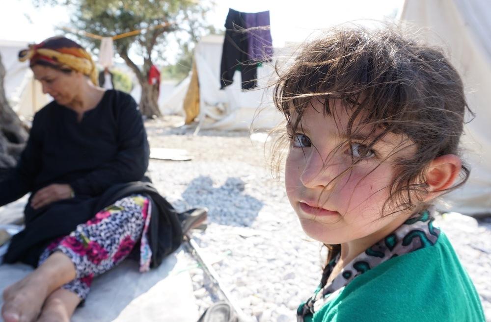 Aujourd'hui ici, demain ailleurs Pour les travailleurs humanitaires qui répondent à l'afflux de migrants et de demandeurs d'asile en Grèce, la crise soulève une série de questions troublantes pour lesquelles il n'existe pas de réponses faciles.