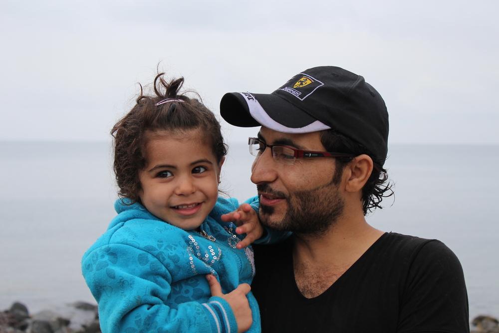 Portraits de Syriens Objets de pitié ou employés potentiels dignes d'intérêt ? Les Syriens qui arrivent sur les plages de l'île grecque de Lesbos ont de solides CV.