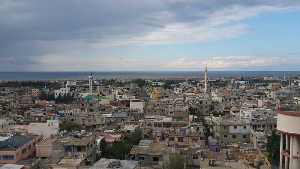 طرأت زيادة كبيرة في عدد سكان عين الحلوة منذ بداية الحرب السورية (الأونروا/أرشيف)