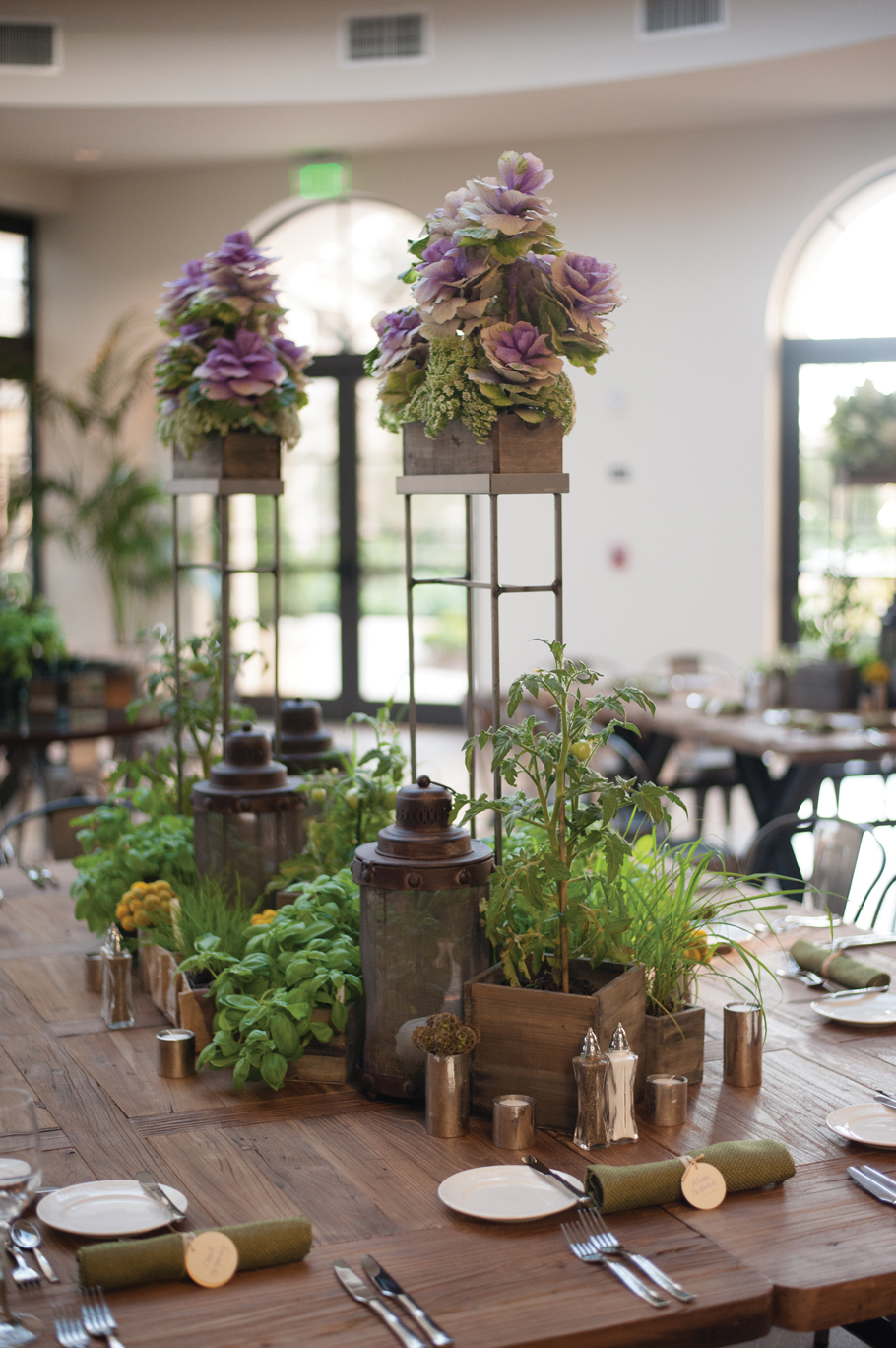Greenery Event-Placecard on full table- ONSITE.jpg