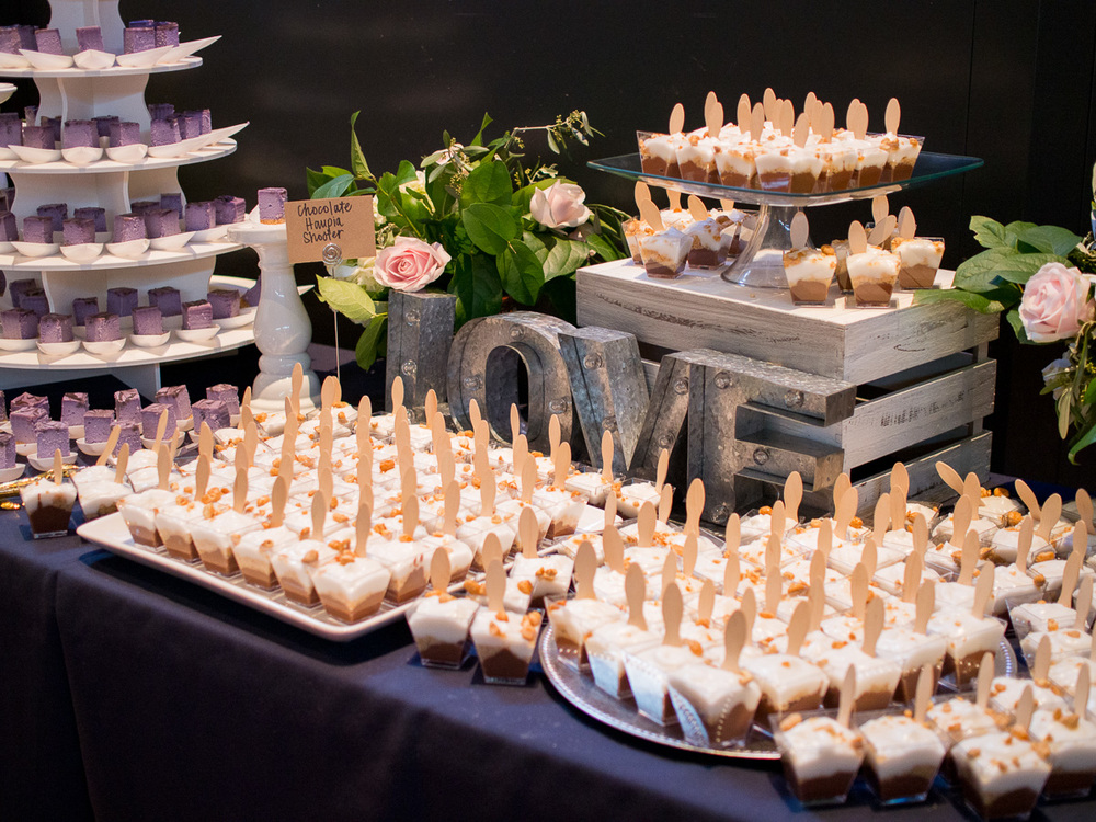 HoodFamous_WeddingCatering-16.jpg