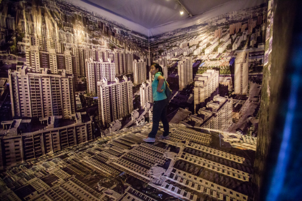 Viewers immersed themselves in Dashilar Polarizedduring Beijing Design Week.Photo:Matthew Niederhauser