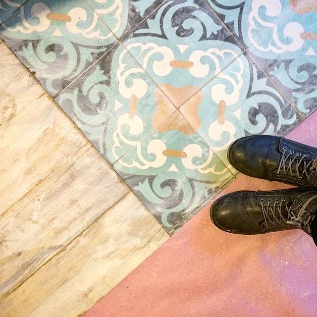 We interrupt moving day with this beautiful floor install from our site visit. #stillhaveworktodo #sneakpeek #comingsoon #tiles #tilesfordays #wood #rainboots #interior #design #avli #comingsoon #nemotile #laespanola #cementtileshop  #cafe
