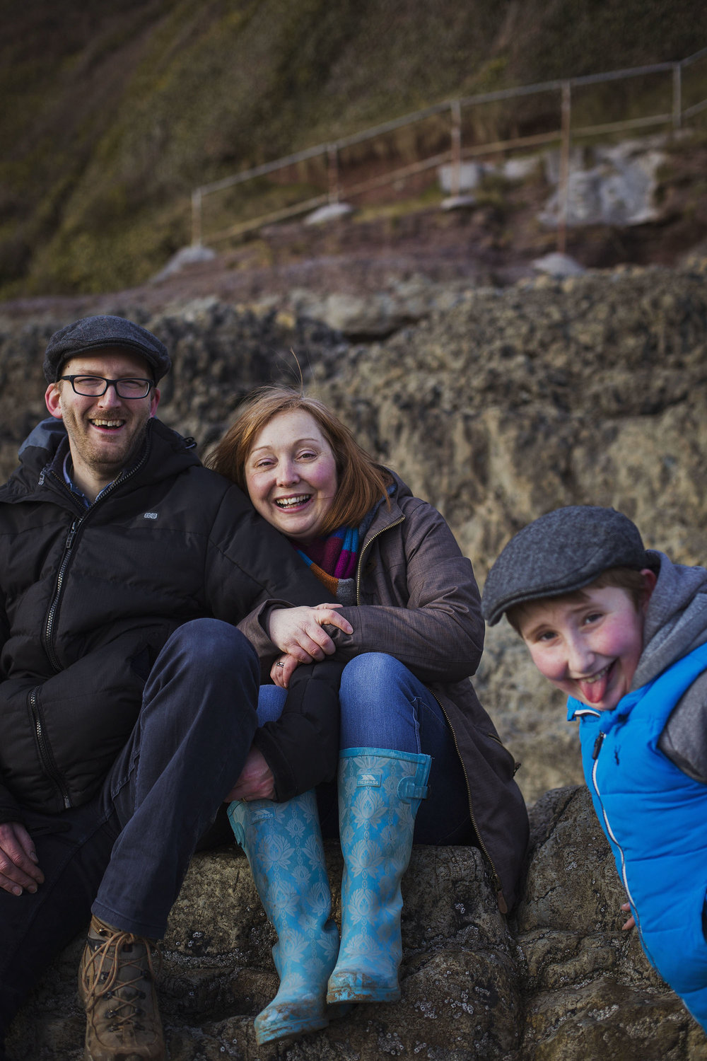 family photoshoot at llansteffan beach in carmarthen