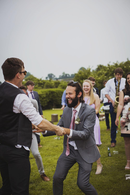 cott+farm+wedding+mikey+and+Emily_065.jpg