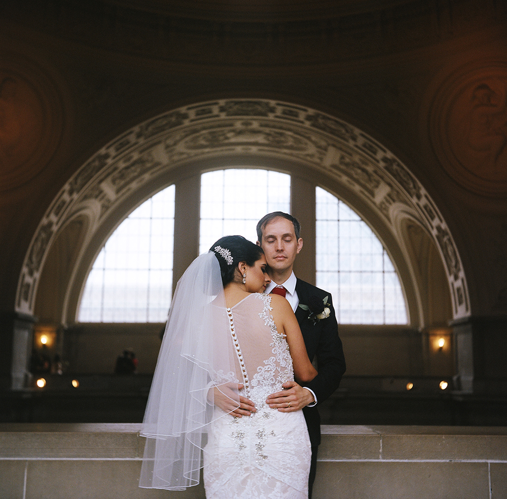 San Francisco City Hall Wedding Photography | Bride and Groom