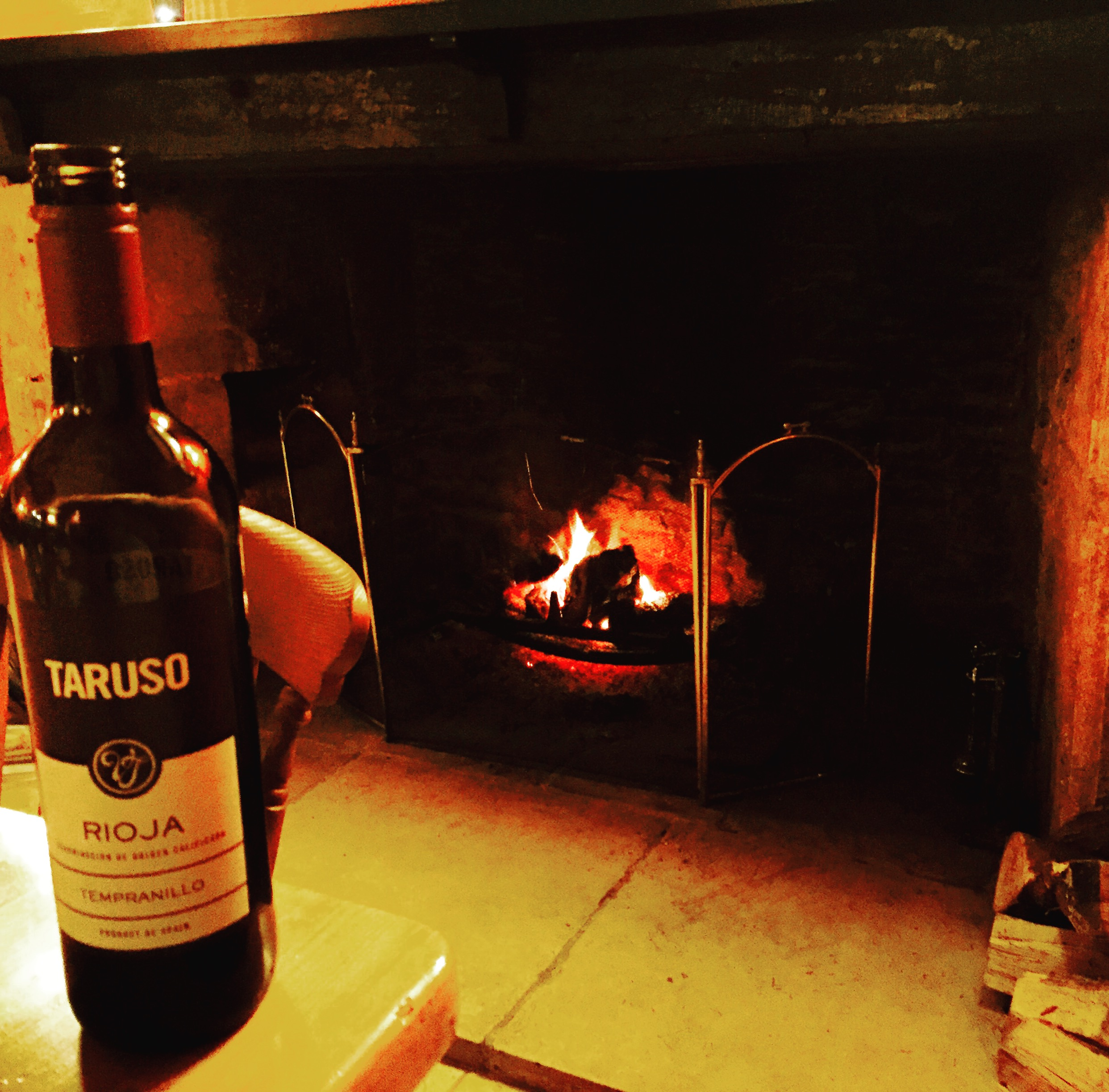 It is hard to leave the fireside at The Slaughters Inn... All pics @jabberingjourno