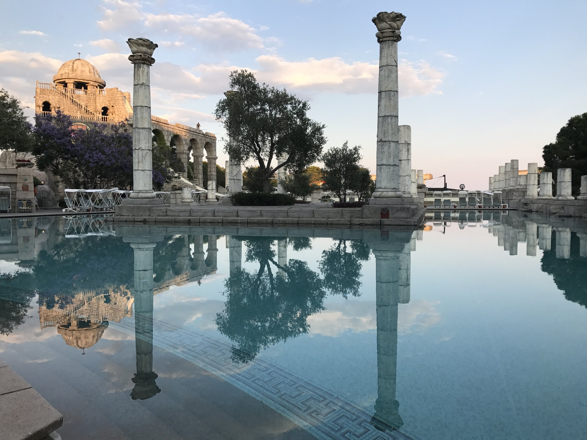 Xanadu Hotel, Belek, where even the pool reflects the region's ancient history. Pic @jabberingjourno