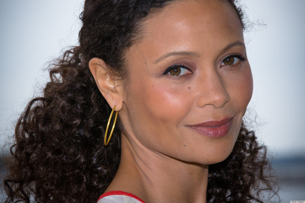 low middle part ponytail for curly hair Thandie Newton