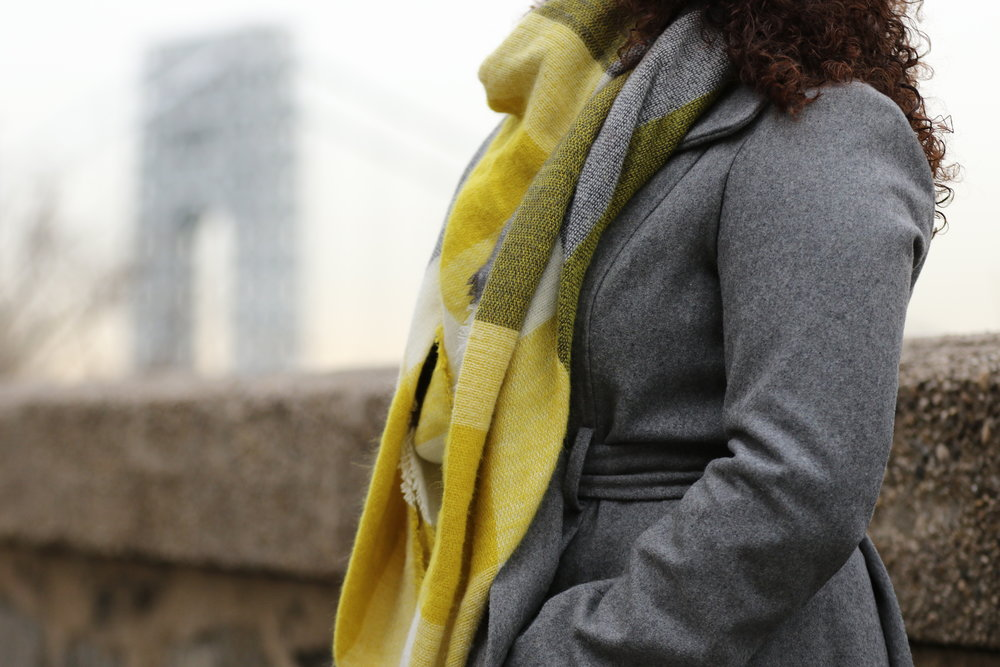 gray and yellow blanket scarf