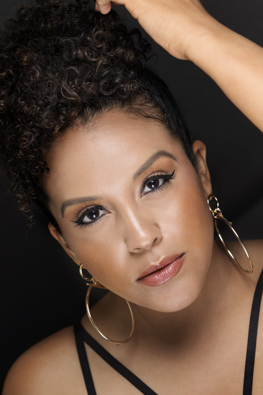 Simple-Glam-Makeup-Jordana-Cosmetics-Beauty-Blogger-Miriam-Morales