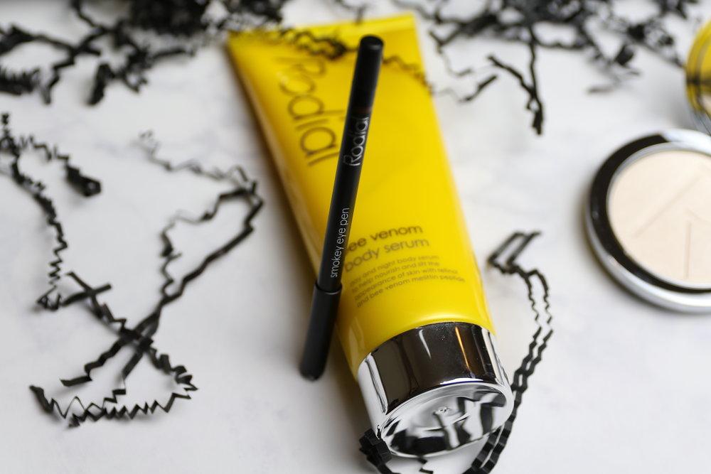 Rodial Smokey Eye Pen - Makeup Review by Miriam Morales NYC Lifestyle Blogger