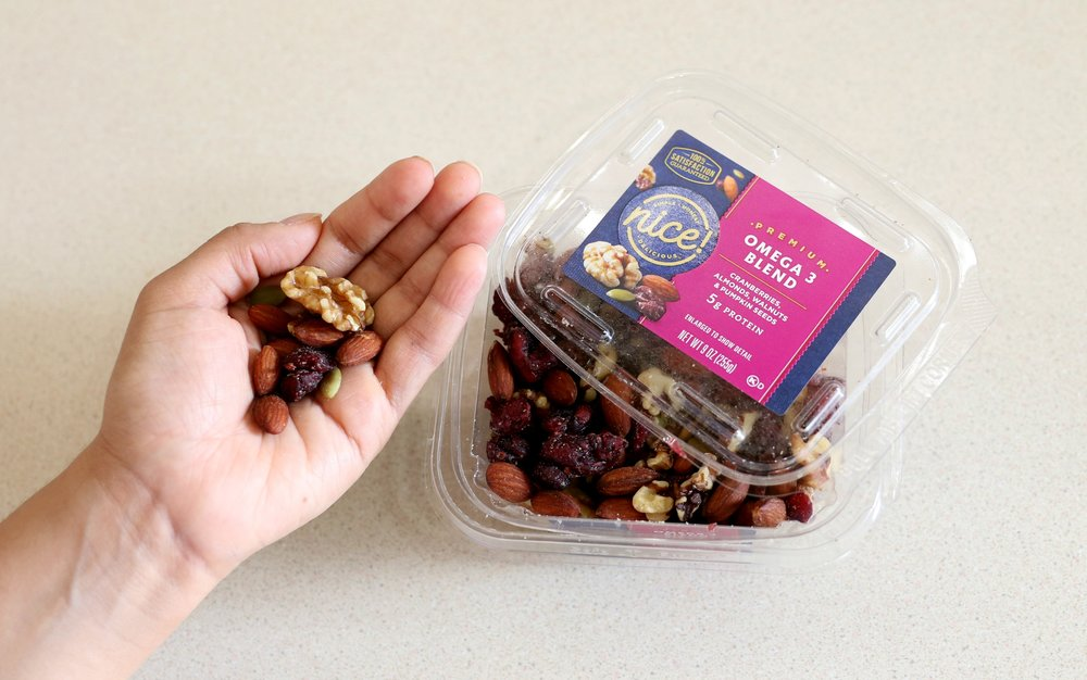 Nice-Omega 3-Blend-Nuts-How-To-Snack-Healthy-Miriam-Morales